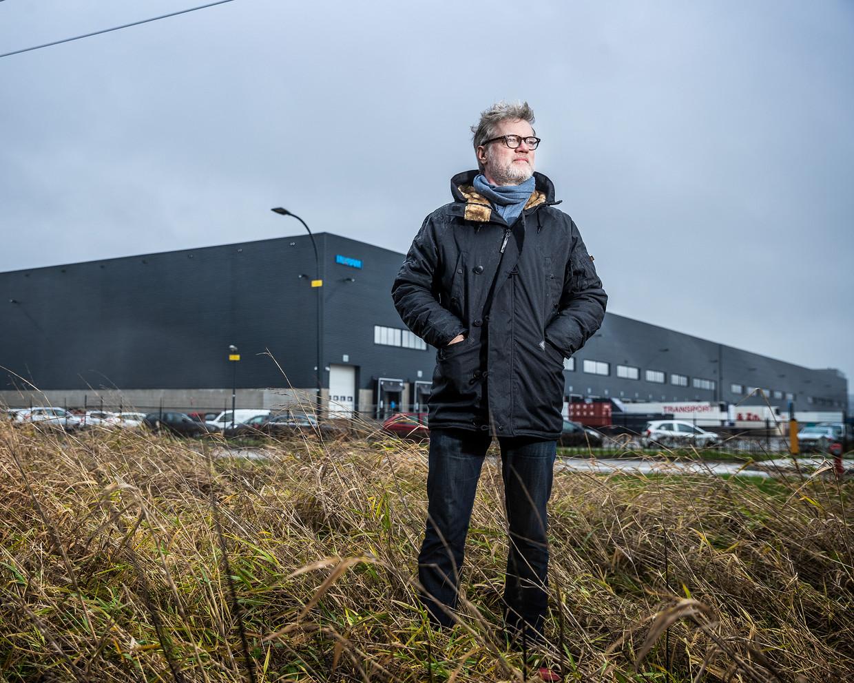 Journalist Jeroen van Bergeijk werkte vijf weken undercover bij een distributiecentrum van bol.com.  Beeld Jiri Büller