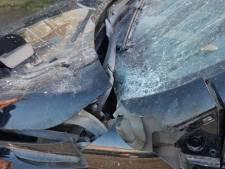Auto beschadigd door vuurwerk in Heerjansdam