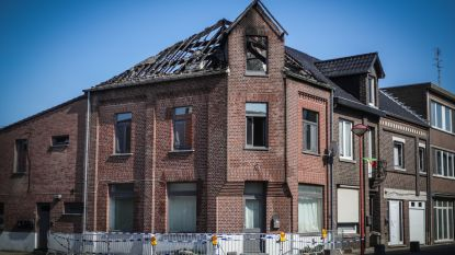 Huis onbewoonbaar na zware brand: dak volledig verwoest
