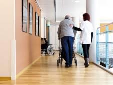 'Grote wachtlijsten in ouderenzorg'