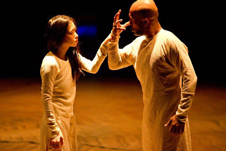 Wat is een man? Wanneer ben je vrouw? In Until the Lions doen dansers een poging erachter te komen. Beeld Jean-Louis Fernandez