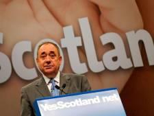 Accusé de harcèlement sexuel, l'ex-Premier ministre écossais quitte son parti