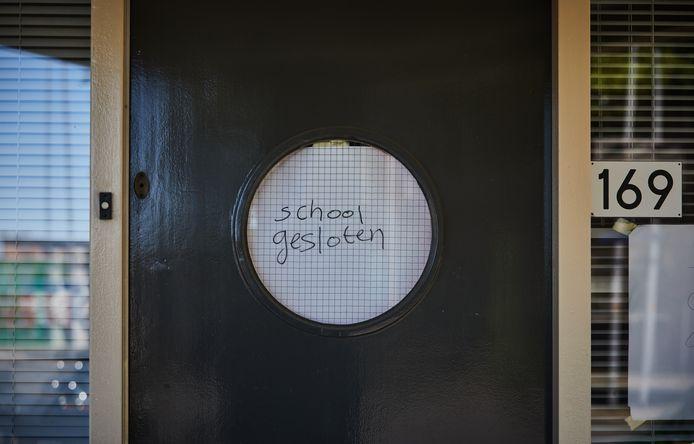 De school is gesloten.