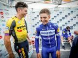 Remco Evenepoel en Wout van Aert rijden  olympische tijdrit