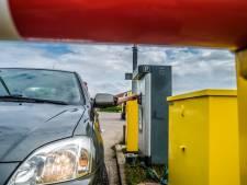 Parkeren langs Westlandse kust gaat 6 tot 8 euro per dag kosten