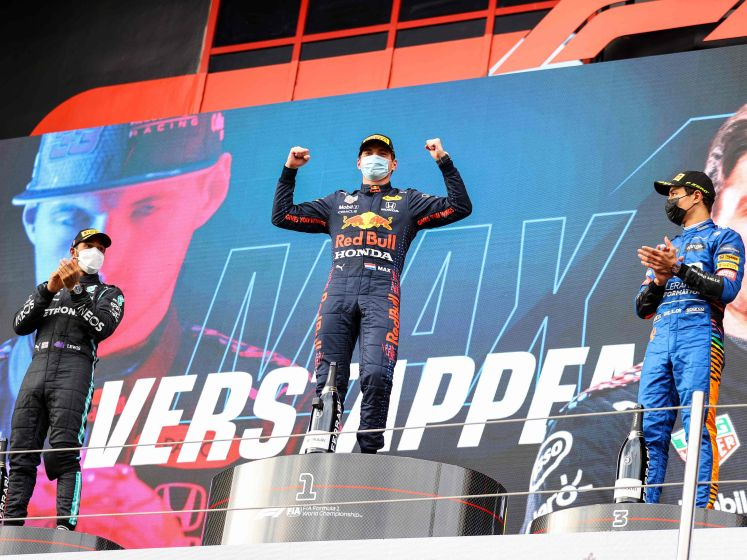 Verstappen de beste op Imola na race vol glijpartijen en crashes