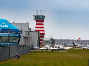 Inwoners strijden vier jaar lang tegen laagvliegroutes Lelystad Airport, maar er verandert niets: 'Mooie praatjes zijn niks waard'