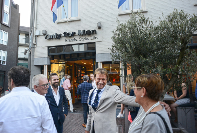 Hans Kraaij jr. was twee jaar geleden special guest bij de opening van Only for Men in Veghel.