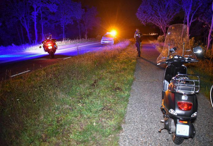 Scooter van de 23-jarige Oisterwijkse die augustus 2019 zwaargewond en buiten bewustzijn werd aangetroffen langs het fietspad van Moergestel naar Tilburg.