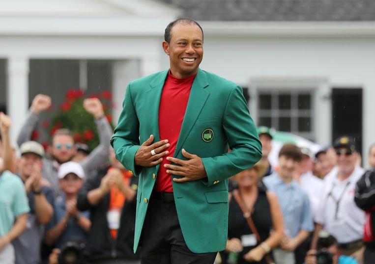 In Augusta schreef Tiger Woods zondag het Masters toernooi op zijn naam.  Beeld REUTERS