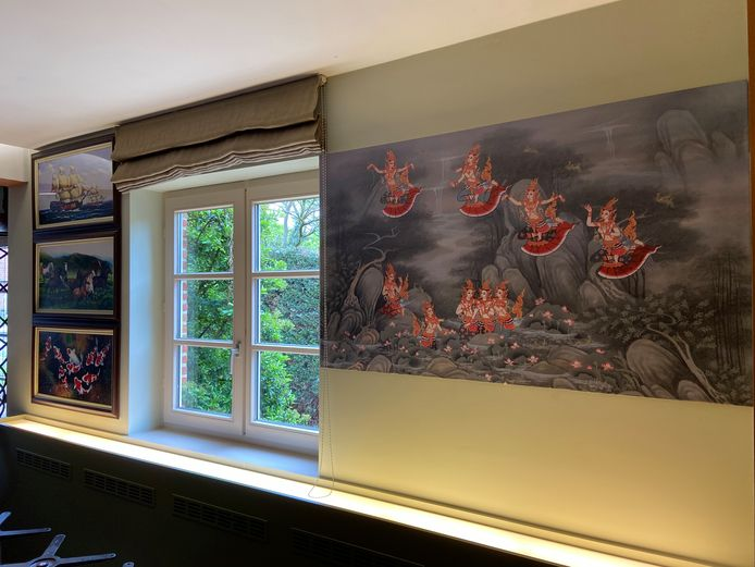 Voor de muurdecoratie hebben Tom en Palita versiering uit Thailand laten overkomen