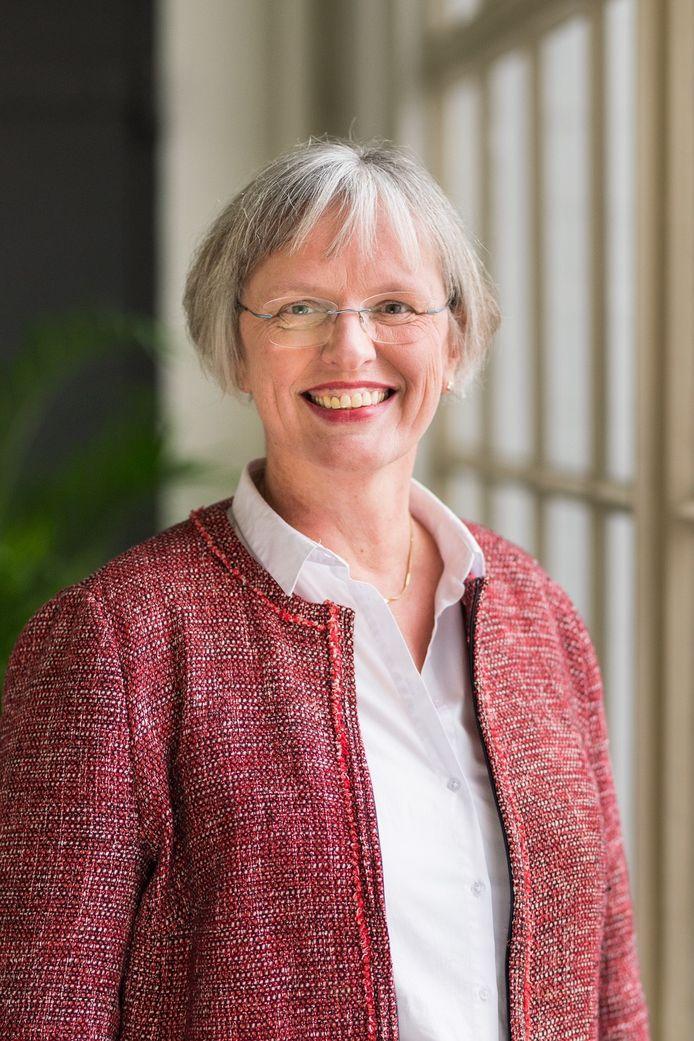 Titia Bredée, onder meer collegevoorzitter bij Helicon Opleidingen, begint na de zomer aan een nieuwe baan als directeur-bestuurder bij Nuffic.