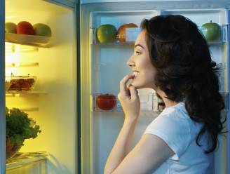 Is het echt zo slecht om nog te eten na 20u 's avonds?