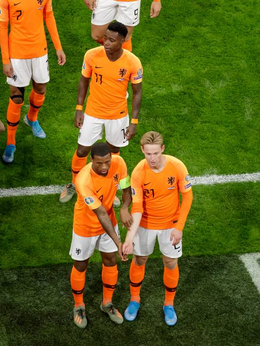 Georginio Wijnaldum en Frenkie de Jong.