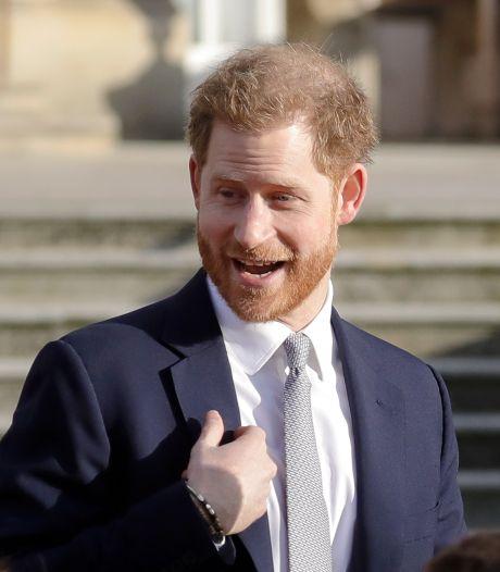 Prins Harry noemt The Crown 'overduidelijke fictie'