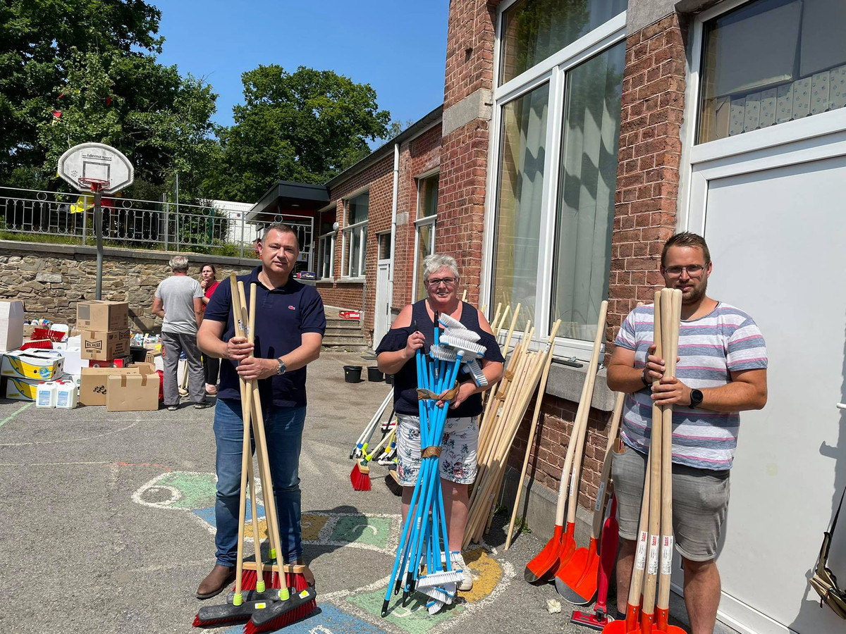 Glabbeek Helpt leverde op de nationale feestdag noodgoederen in Trooz.