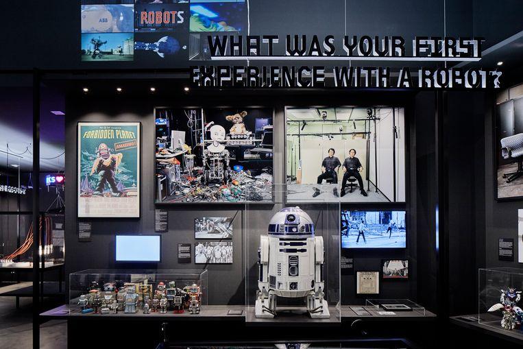 Eén van de paar overgebleven R2-D2-exemplaren is dezer dagen in het Gentse Design Museum te bewonderen.  Beeld Mark Niedermann
