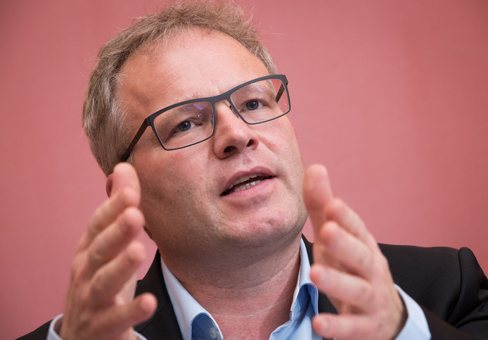 Le ministre wallon du Climat, de L'Énergie, des Infrastructures et de la Mobilité, Philippe Henry.
