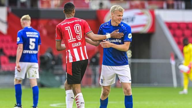 Van Hecke maakt zijn eerste minuten voor Blackburn, tegen Van de Beek, Matic en Rashford