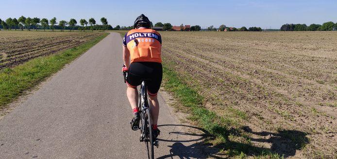 De fietspaden in Peer worden bijgeknipt (themabeeld).