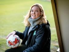 Leanne Pegge langer bij FC Berghuizen