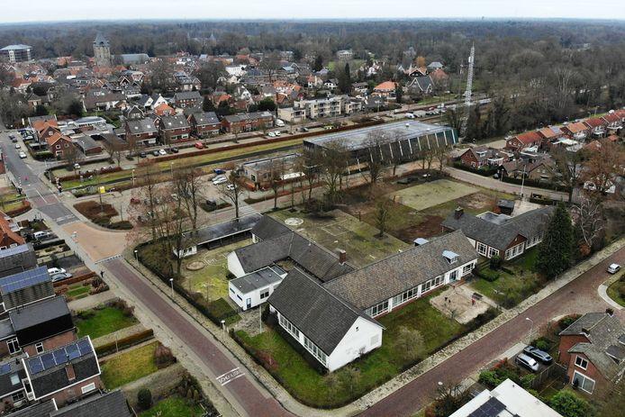 Met het weghalen van de voormalige basisschool Toonladder en sporthal de Reiger ontstaat ruimte voor huizenbouw.