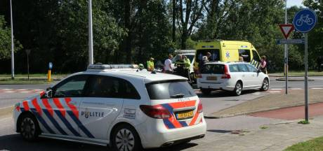 Fietser gewond na botsing met auto in Nijverdal