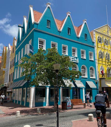 Vanavond op tv: Roadtrip Curaçao, Sterren op het doek en Postcode Loterij Eén tegen 50