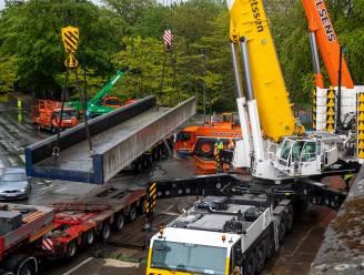 Infrabel vervangt bijna honderd jaar oude spoorbruggen in Anderlecht