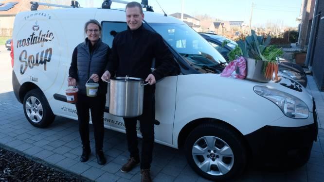 """Tom en Tineke trekken met verse soep door Duffelse regio: """"Soepkarren aan zee als inspiratiebron"""""""
