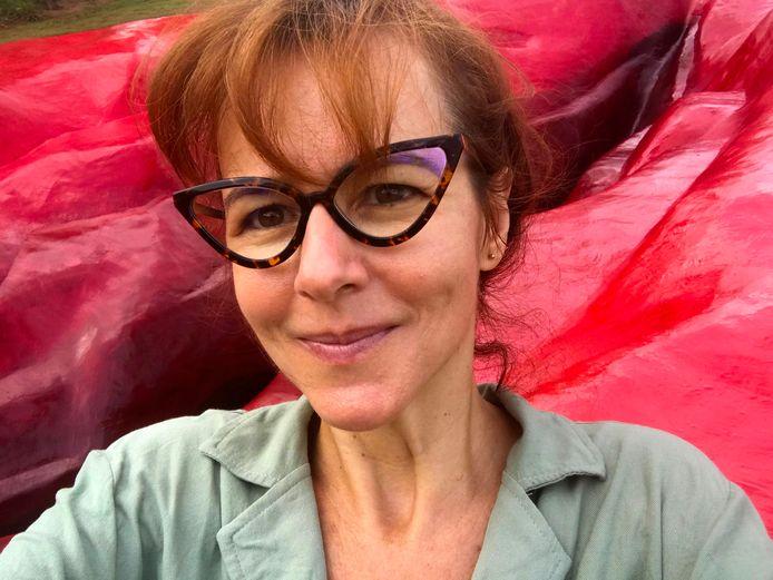 Juliana Notaria, l'artiste à l'origine de l'oeuvre