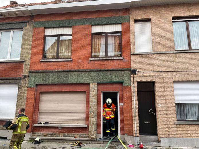 De brand woedde op de zolderverdieping van een woning in Menen.