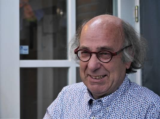 Henk Hendrikx van de Stichting Stoffer en Blik die het theaterprogramma van De Schuur samenstelt.