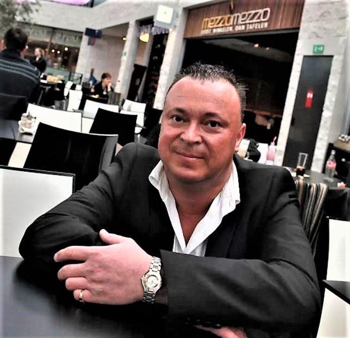 Steven Declercq in 2011, toen hij zaakvoerder was van horecazaak Mezzo Mezzo (nu Foodies) in winkelcentrum K.