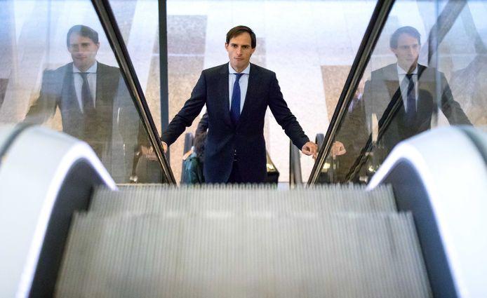 CDA-minister Wopke Hoekstra van Financiën arriveert bij de Tweede Kamer voor de Algemene Financiële Beschouwingen in de Kamer.