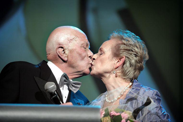 Jaap Blokker en zijn vrouw Els, in 2010. Beeld Joost van den Broek