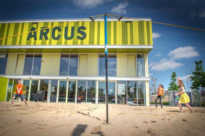 Bij sportcentrum Arcus in Wijchen lag in 2015 ook tijdelijk een beachvolleybalveld.