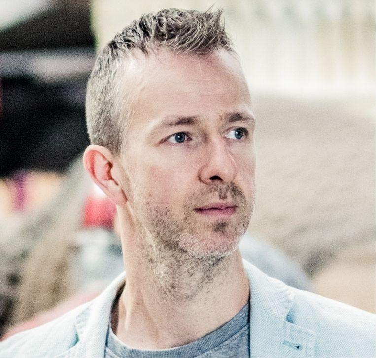 Tom Costers: 'We letten op de kleintjes in de supermarkt. Ons abonnement op de tennisclub hebben we stopgezet.' Beeld Wouter Van Vaerenbergh