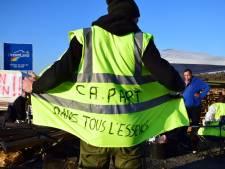 Gilets jaunes: barrage filtrant et pneus brûlés près de la frontière belge