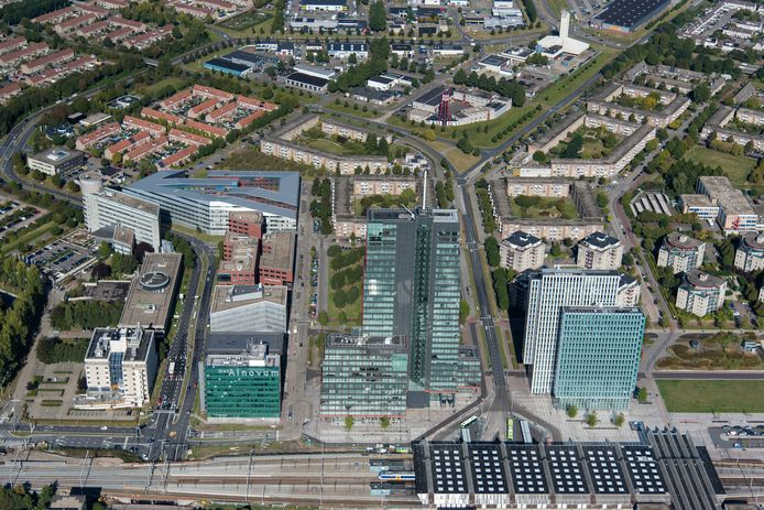 Station Almere Centrum gezien vanuit de lucht