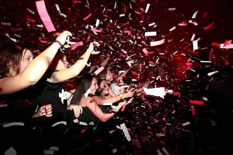 Publiek bij Martin Garrix op Amsterdam Dance Event. Beeld Eva Roefs