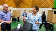 """VIDEO. Lydia Peeters (Open Vld) gaat stemmen: """"Toch al beetje zenuwachtig"""""""