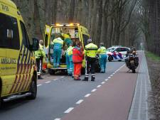 Mountainbiker zwaargewond door botsing tegen boom