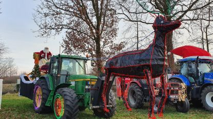 IN BEELD. Versierde tractors zorgen voor kerstspektakel in straten van Mol