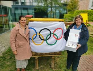 Olympische doos met medailles voor medewerkers kinderopvang reist door 32 West-Vlaamse gemeenten