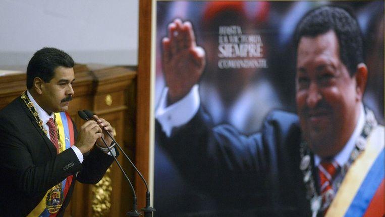 President Nicolas Maduro spreekt het parlement toe Beeld afp