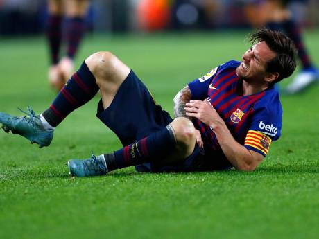 Lionel Messi mist El Clásico na breuk in rechterarm