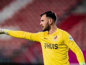 Toch niet zo gek, die Oelschlägel op doel bij FC Utrecht, al is de discussie niet verstomd