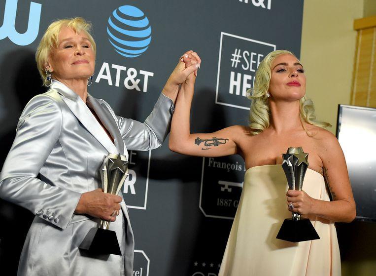 Glenn Close en Lady Gaga.