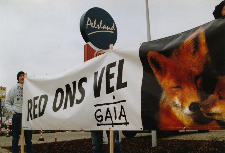 1997. Actie tegen de bonthandel bij Pelsland.   Beeld rv